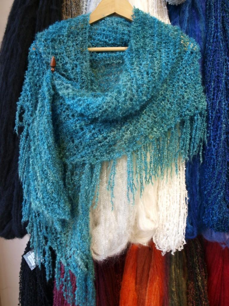Free Patterns – Simple Boucle Shawl | Spin a Yarn Devon