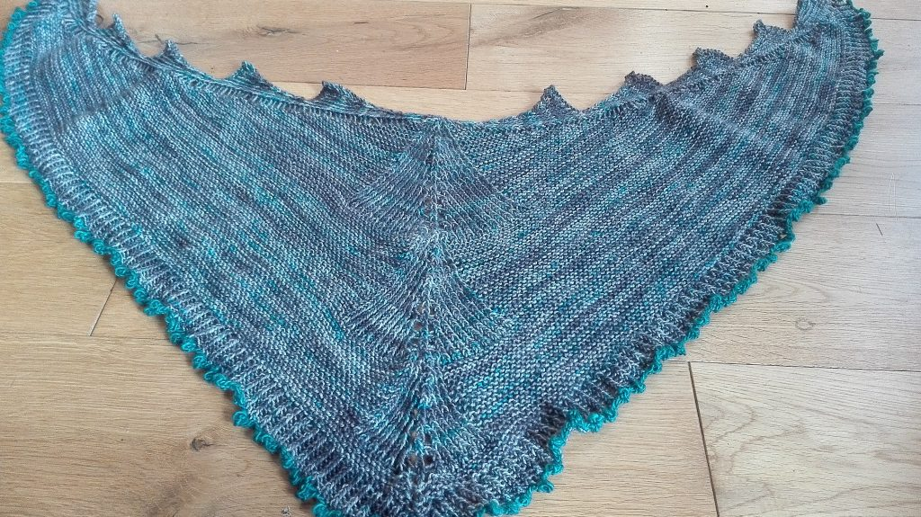 Sharktooth Shawl